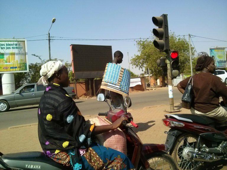Aus dem Senegal -Scammer- Kurznachrichten